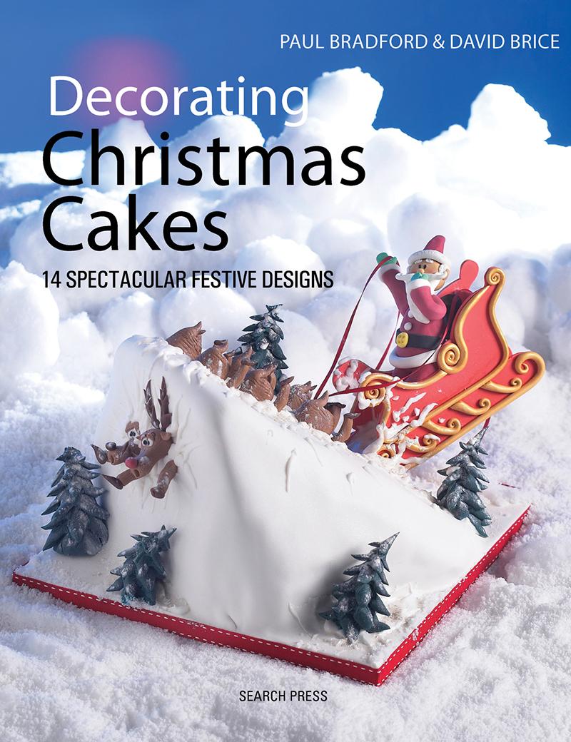 Decorating Christmas Cakes